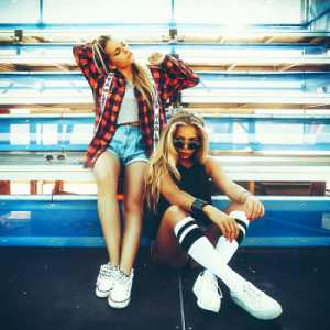 VA - Cool Girls: Urban Dance Downtempo Music