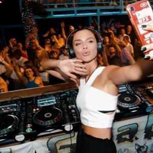 Korolova - Live @ Guaba Beach Bar Limassol, Cyprus (2021-09-10)
